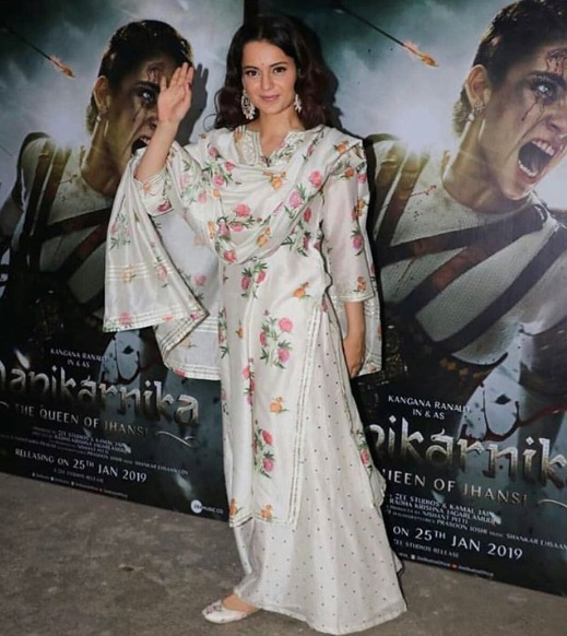 2-Kangana Ranaut's-Back-To-Back-Ethnic-Looks-Prove-Why-She-Is-A-Fashion-Queen