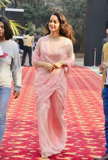 3-Kangana Ranaut's-Back-To-Back-Ethnic-Looks-Prove-Why-She-Is-A-Fashion-Queen