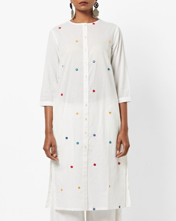 ajio-white-mirrorwork-kurta-alia-bhatt-yellow-suit-salon