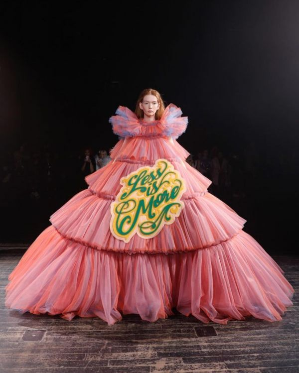5-viktor-and-rolf-pink-ruffled-dress