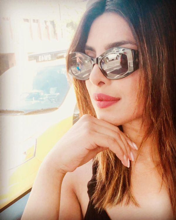 5 Priyanka Chopra Is Constantly Bored Of Her Hair Colour