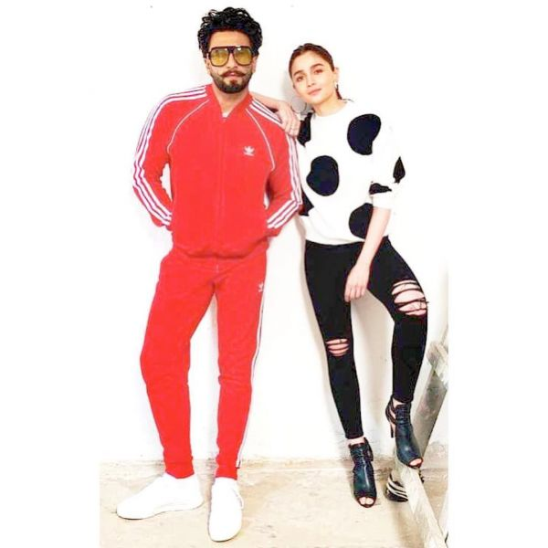 1-alia-ranveer-fashionable-duo-gully-boy-promotions