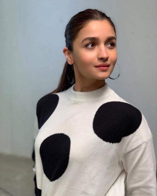 1 All the times Alia bhatt made a ponytail work like a boss - Gully boy promotions