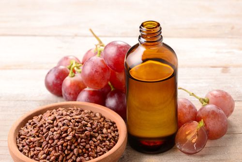 7 Beauty   Health Benefits Of Grapes For Skin And Hair