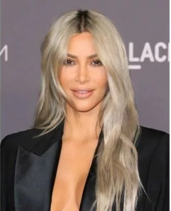12-50plus-hair-styles-midway-Layers