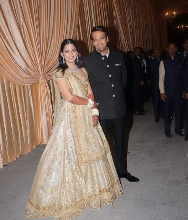 why-isha-ambani-cried-in-wedding