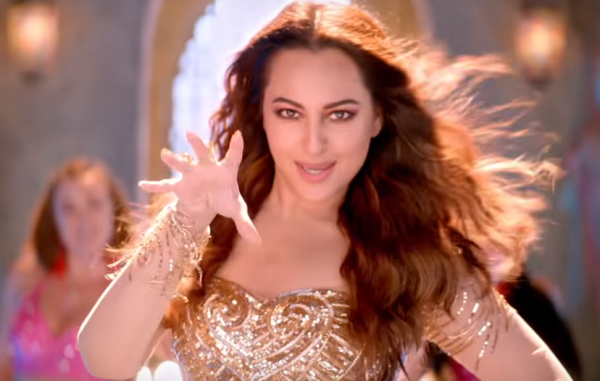 waves-sonakshi