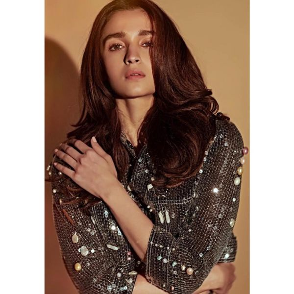 3-jacket-alia-bhatt-sequin-coord-outfit-disco