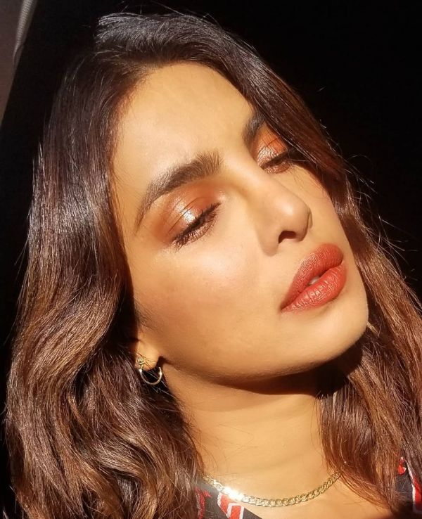 5 Try The Celeb-Approved Date Night Beauty Looks This Valentine's Day - priyanka chopra