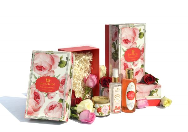 Just Herbs Rose Box-best-valentines-day-gifts