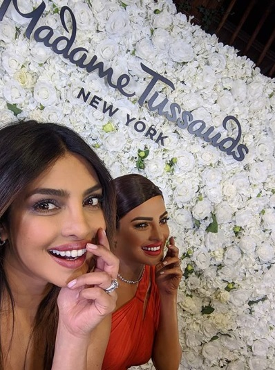 3-Double-Trouble-We-Are-Seeing-Priyanka-Chopra-X-2-And-We-Are-Lovin-It