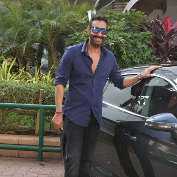 2-koffee-with-karan-answer-of-the-season-winner-ajay-with-car