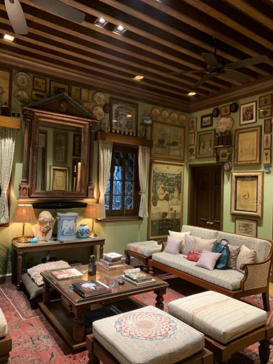 7-sitting-room-sabyasachi-mukherjee-home-interiors
