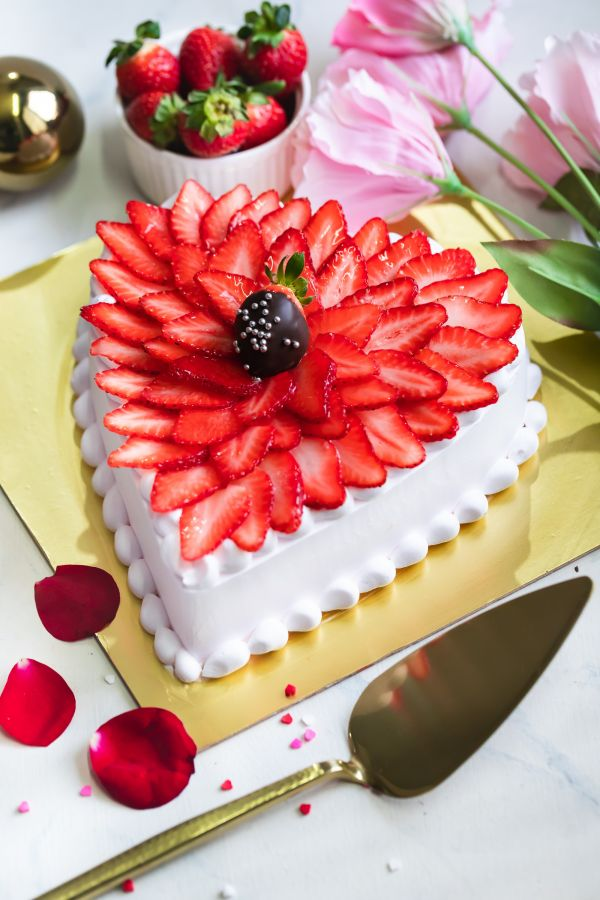 Valentine's Heart straberry cheesecake