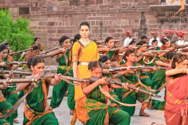 1-alia-responds-to-kangana-kangana-on-set-manikarnika
