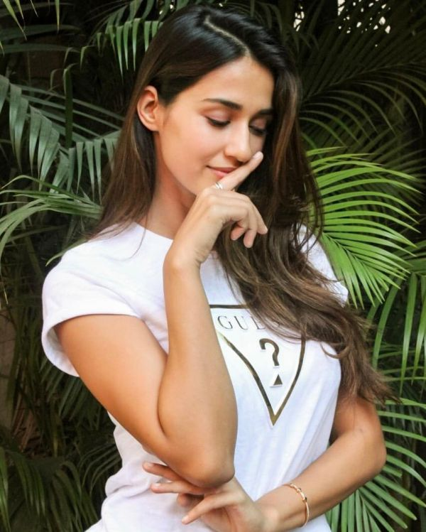 disha-patani-tiger-shroff-engaged
