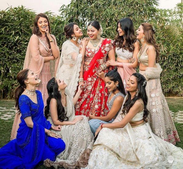 1-alia-bhatt-bridesmaid-blue-saree