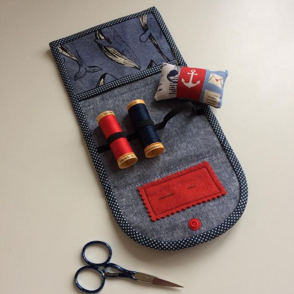 travelling-essential-sewing-kit