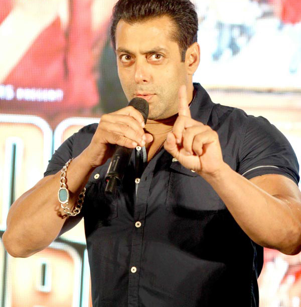 Times When Bollywood Celebs Snapped At The Media- Salman Khan