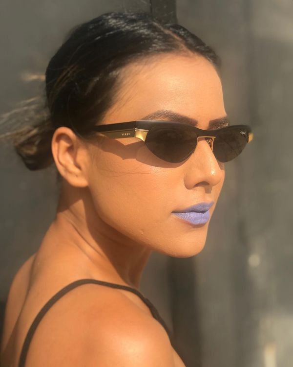 Nia Sharma-redefining-beauty-standards-women-womens-day-makeup