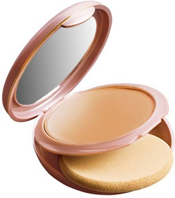 5. Lakm%C3%A9 9 to 5 Cream Based Foundation Compact