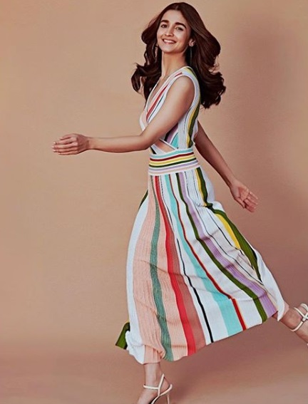 8-how-to-wear-striped -dresses
