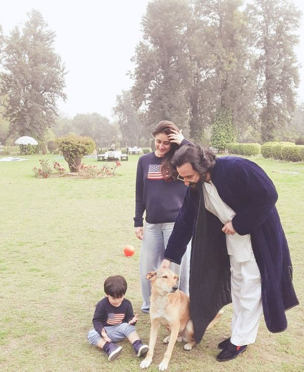 4-taimur-ali-khan-with-pet-elvis