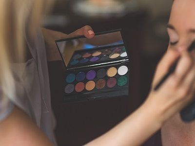 how-to-apply-eyeshadow-1