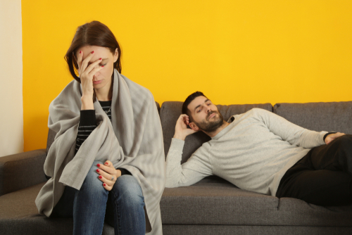 2-signs-of-a-toxic-relationship-warning-signs