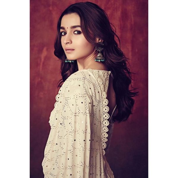 4-alia-bhatt-kalank-latest-look