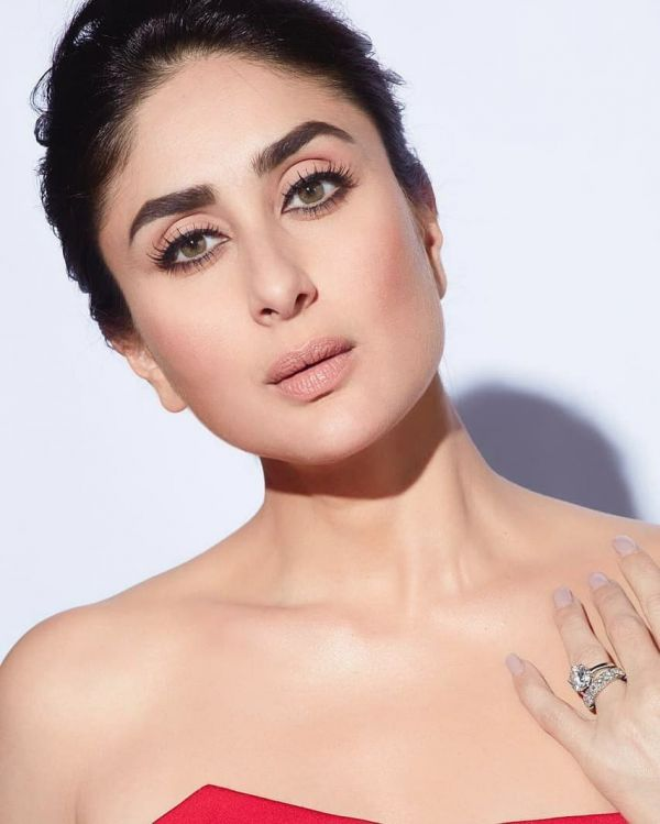 From PC To JLo  Here Are The Celebrity Engagement Rings That Could Tempt You To Say %E2%80%98I do%E2%80%99 - kareena kapoor