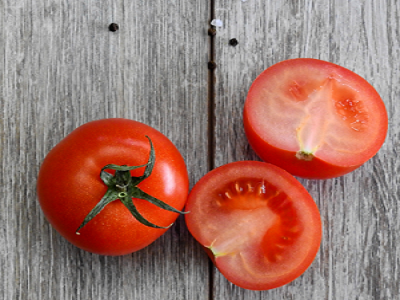 Tomato-how-to-make-homemade-facemask