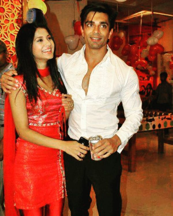 2 jennifer winget opens up about divroce with karan singh grover