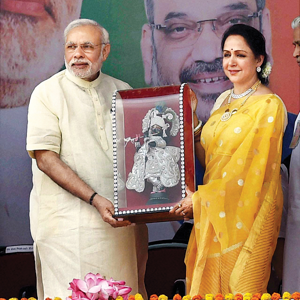 3 hema malini is a billionaire actress with narendra modi