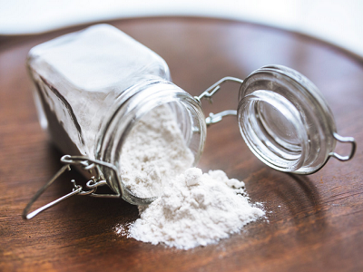 Baking-soda-how-to-remove-eye-bags
