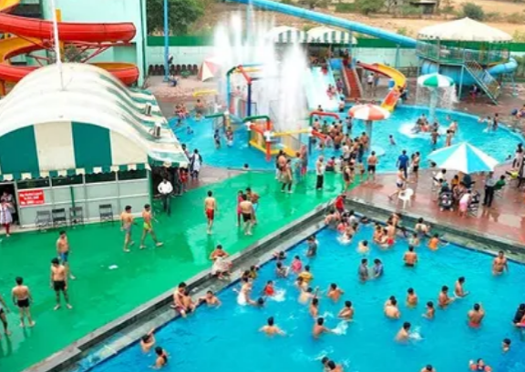 splash-water-park-in-delhi
