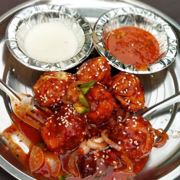 types-of-momos-chilli-momos