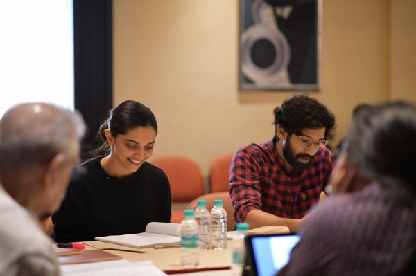 2 vikrant massey on working with deepika in chhapaak