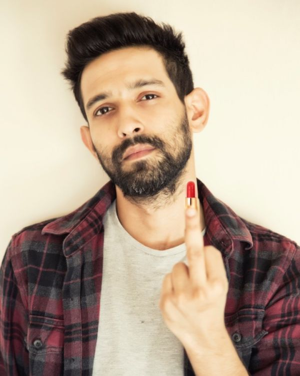 6 vikrant massey opens about working with deepika padukone in chhapaak