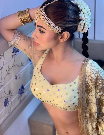 Mouni roy white