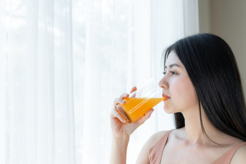 Vitamin-c-Uses-Benefits-Side-effects-Skin-internal 2