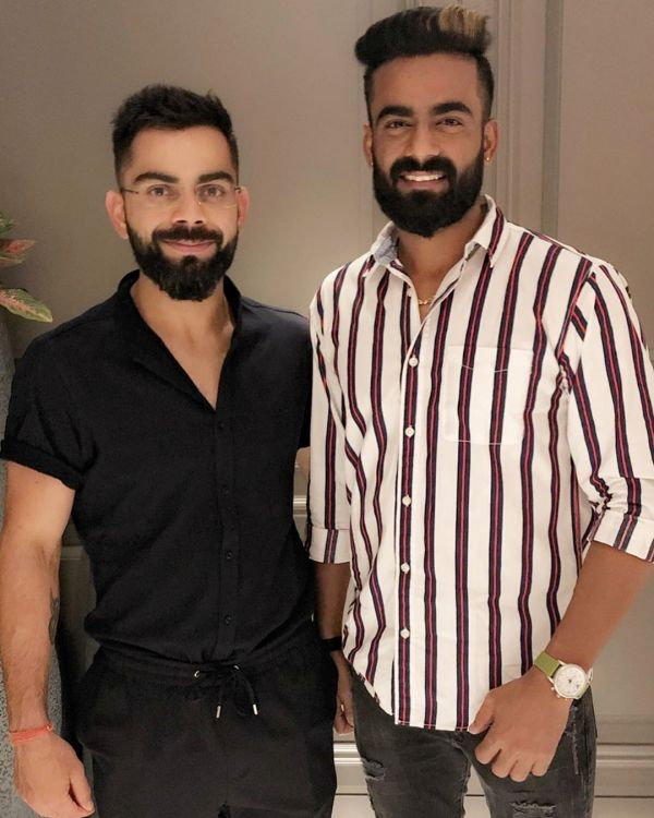 5-virushka-virat-with-team-rcb