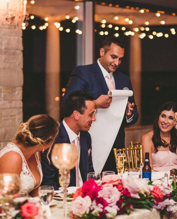 how-to-raise-a-wedding-toast-best-man