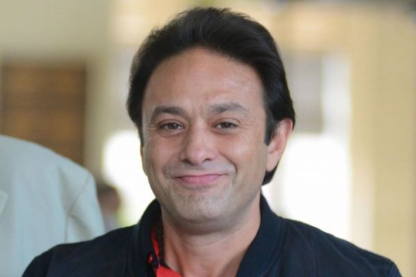 Ness Wadia weird face