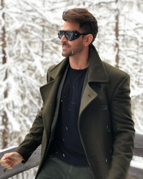 First Salaries Of These B-Town Stars Will Surprise You - hrithik roshan