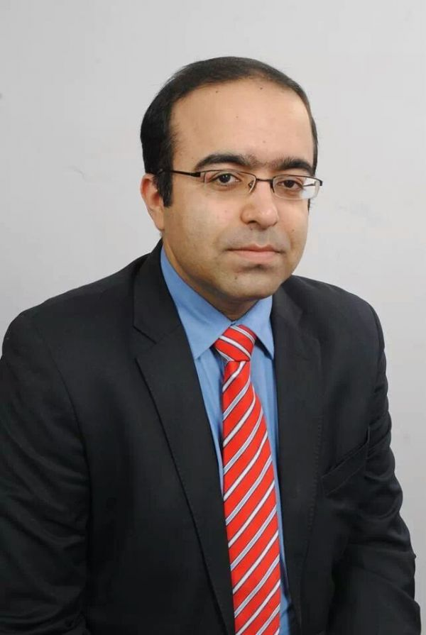 3. Dr. Rohit Batra  MD in Dermatology
