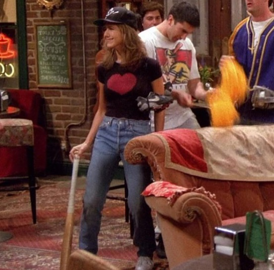 12-Rachel-Green's-Every-Chic-Outfit-On-Friends