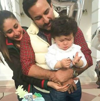 2 taimur ali khan with kareena and saif