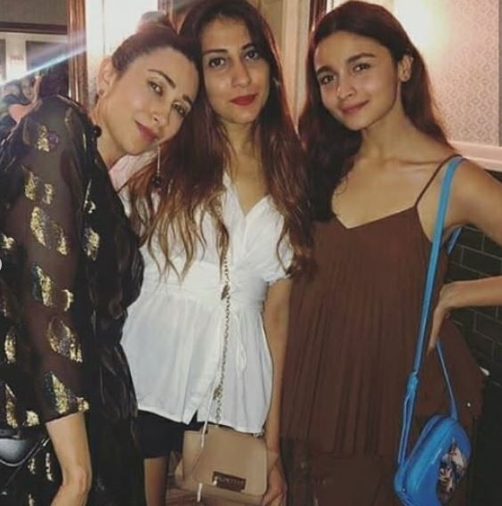 1 ranbir and alia alia bhatt with karisma kapoor