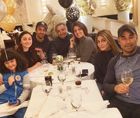 6 ranbir and alia alia bhatt with rishi and neetu kapoor